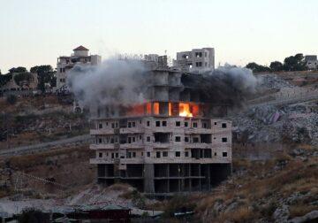 हमास के खिलाफ इजराइली हमले में बच्चों समेत 28 लोगों की जान गई